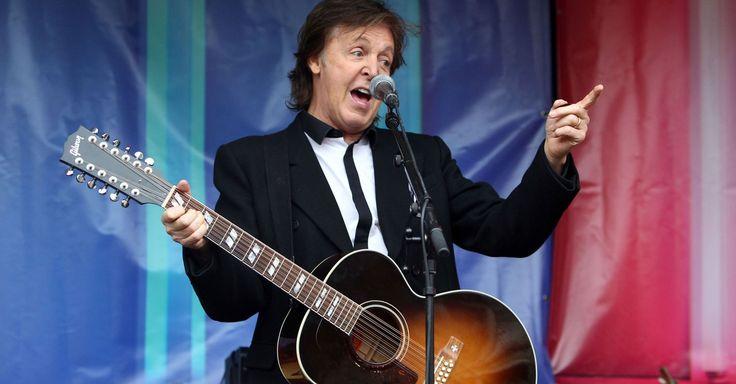 Paul McCartney will headline the Chicago music festival.