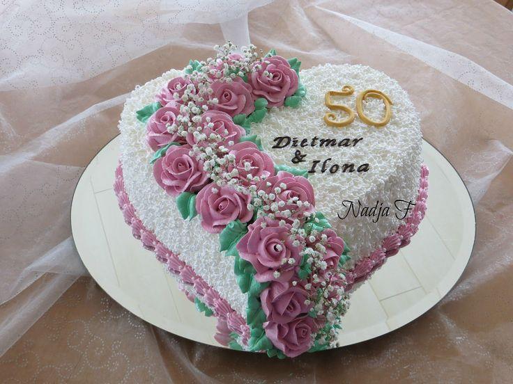 Dort krémový * k výročí svatby - krásně zdobený růžemi.
