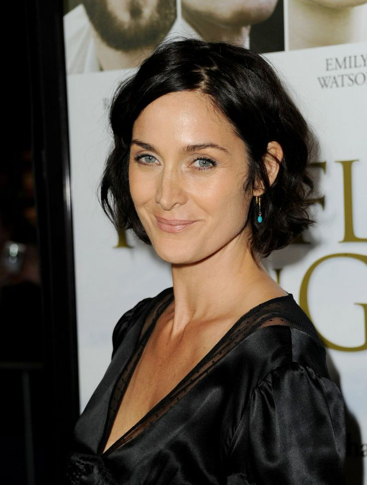 born in Canada -Carrie-Anne Moss, Vancouver, British Columbia, actress. her most famous role is as Trinity in the Matrix Trilogy.