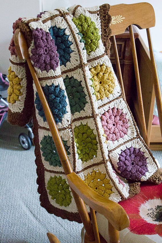 Something Pretty Blanket And Pillow By mille makes - Free Crochet Pattern - (ravelry)