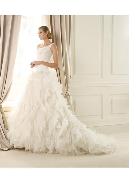 bröllopsklänning Organza