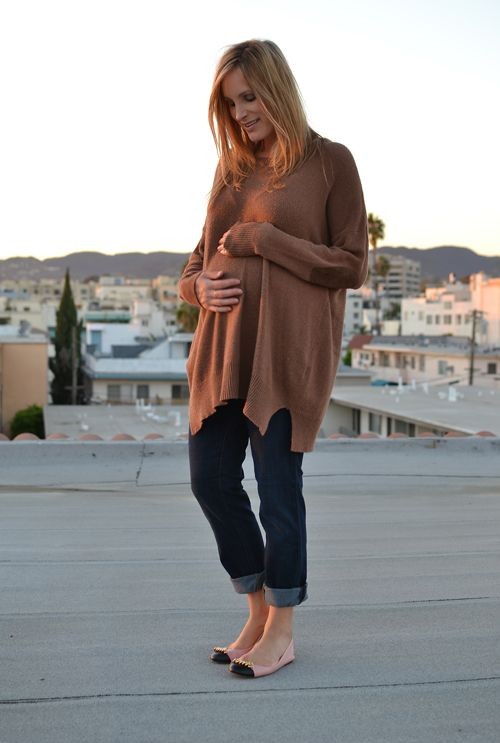 Audrey from Casual Glamorous in a comfy chic look