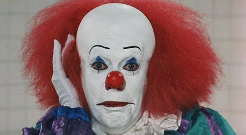 Stephen King's 'It' remake and its connection to Netflix's 'Stranger Things' .. When Netflix launched 'Stranger Things,' they took inspiration from Stephen King. Now 'It' may in turn be influenced by that 80s era show... read more:  http://us.blastingnews.com/showbiz-tv/2016/08/stephen-king-s-it-remake-and-its-connection-to-netflix-s-stranger-things-001063471.html