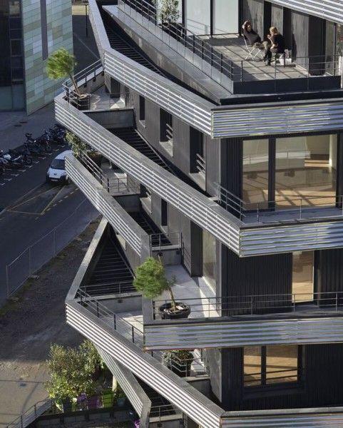 Le jeu de volumes des terrasses permet à chacun de profiter au mieux de la lumière.