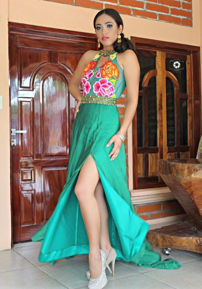Bordados En 2019 Vestidos Elegantes Mexicanos Vestidos