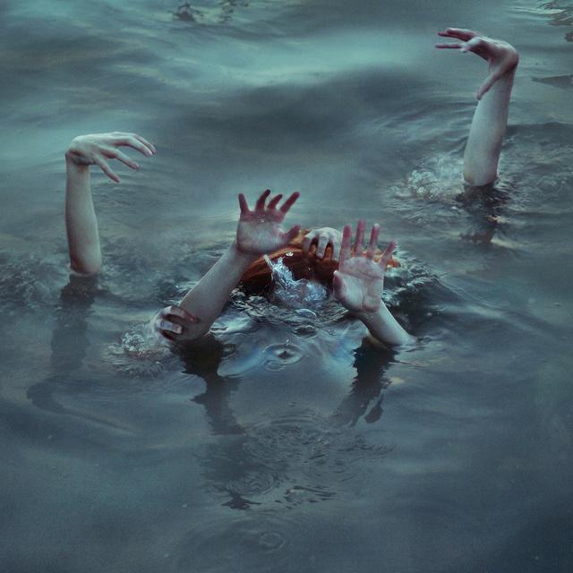 Sirens (B2: Quest for a Forgotten Legend) ~Wendy Hamlet