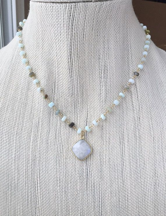 Peruaanse Opal Moonstone Necklace Ice Blue Gemstone