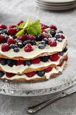 """The traditional Danish birthday cake/dessert """"lagkage"""""""