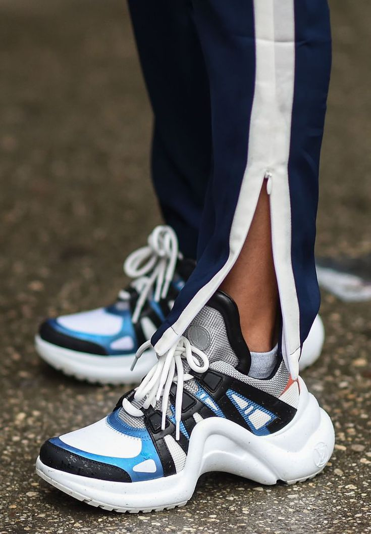 on trend sneakers 2019 cheap online