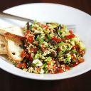 Salada com sementes de abóbora e melão