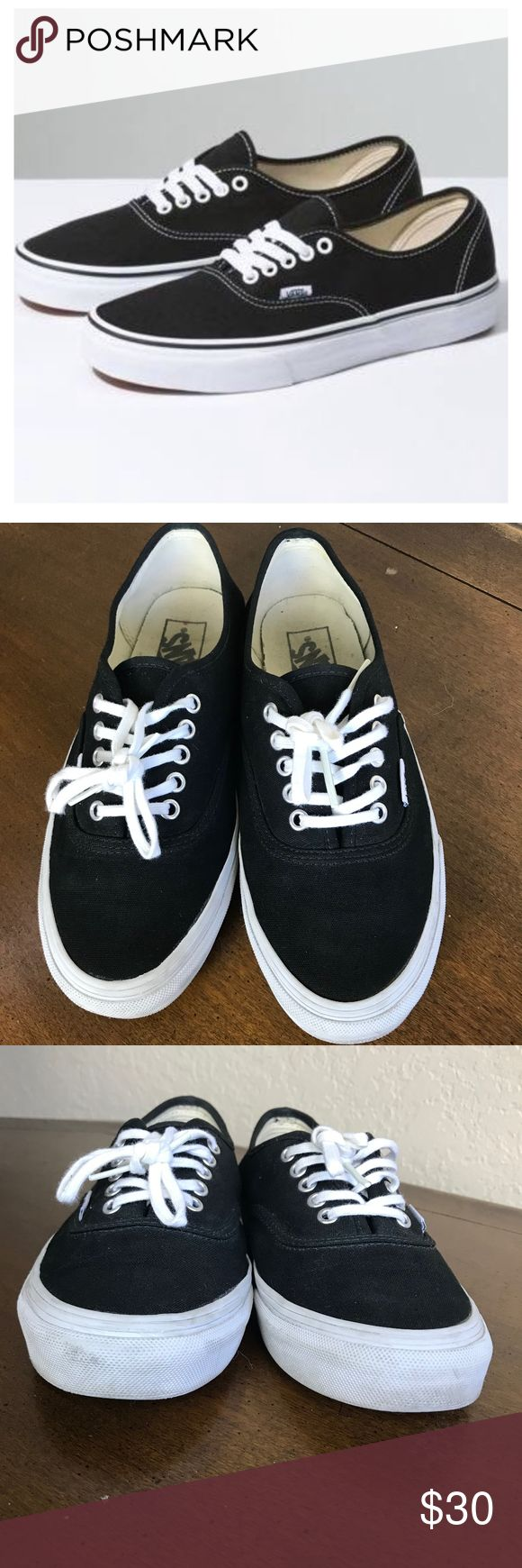 Vans Classic black and white lace up shoes Classic Vans lace up good condition, some signs of wear on white trim Perfect casual, every day shoe! Vans Shoes Sneakers