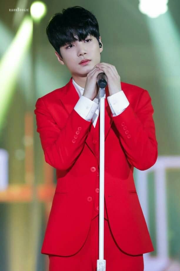 [171216] JR HQ PICS at 2017 Jeju Loge Sharing Kpop Concert^^ cr. on pict