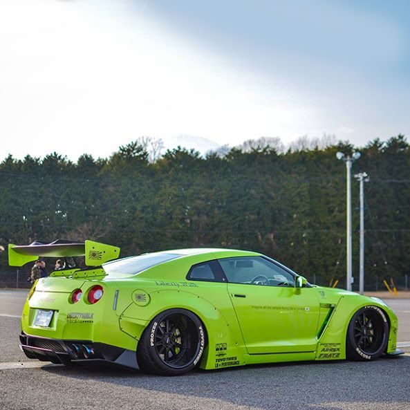 Visit The MACHINE Shop Café... ❤ Best of Nissan @ MACHINE ❤ (Nissan Skyline GT-R…