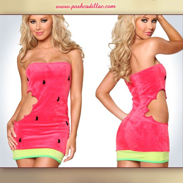 Size: Small - Medium Watermelon short dress with a velvet feel and a sexy side bitemark. Either for clubbing, theme dressing or halloween, this cute dress makes for a juicy, fresh, fruitiliciously sexy look with a strong 'scent' of... Summer!