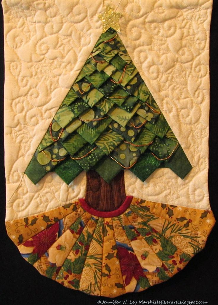 Prairie Point Christmas tree wall quilt at Marsh Isle Fiber Arts