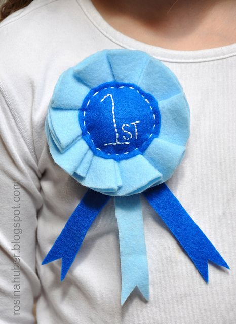 Blue Ribbon Rosette tutorial. Make these fun awards out of felt, paper, or ribbon!