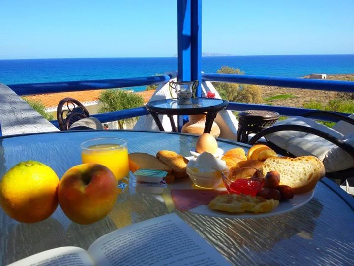 Breakfast in #Sitia #Crete