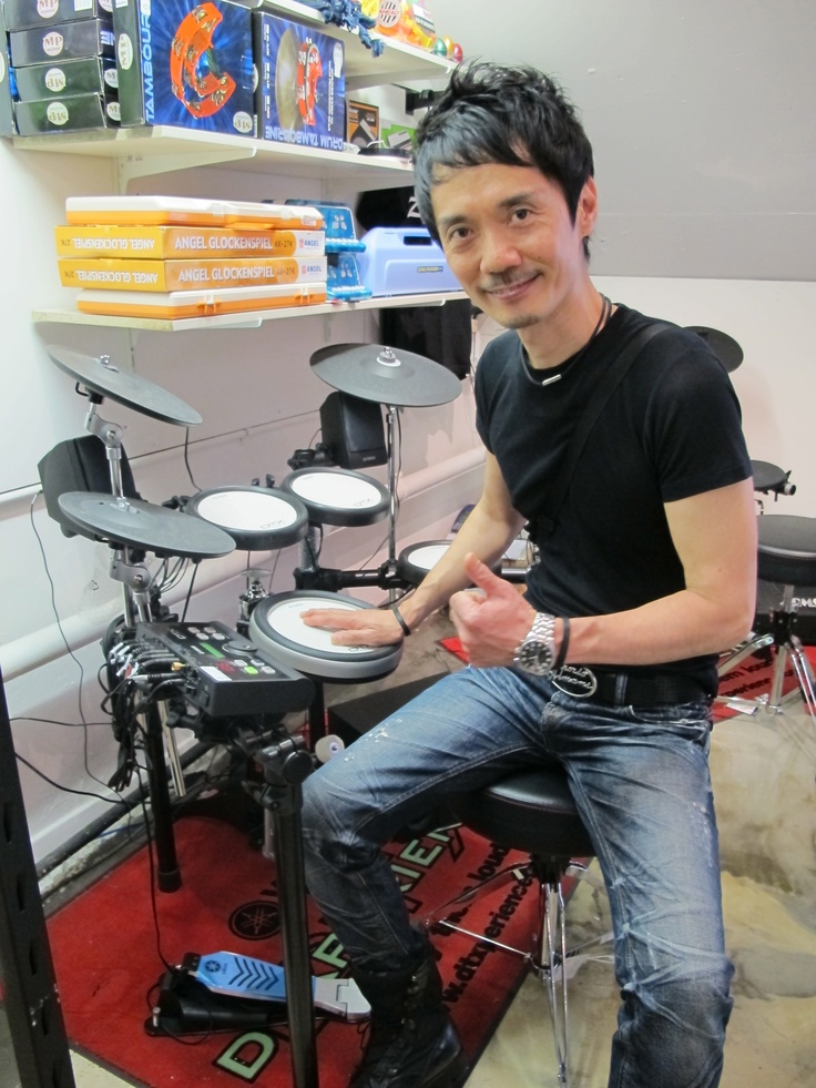 Internationally acclaimed drummer Akira Jimbo visits Revolver Drums
