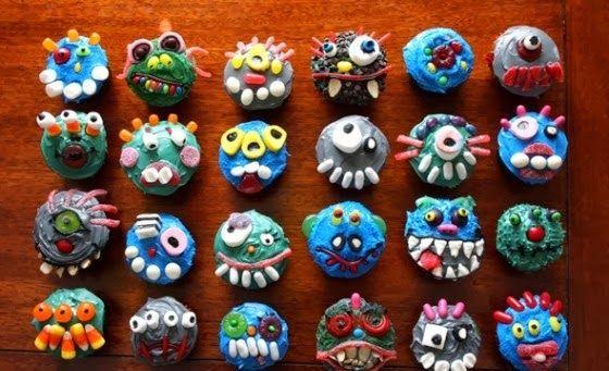 Spooky-halloween-cupcake-decorations_1