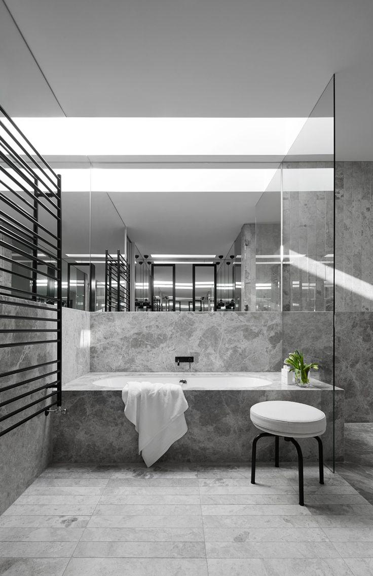 Inspiration | Grey Marble Bathroom
