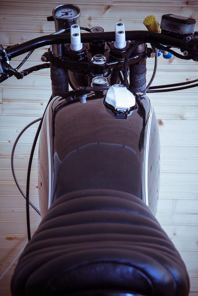 Yamaha SR 500 seat