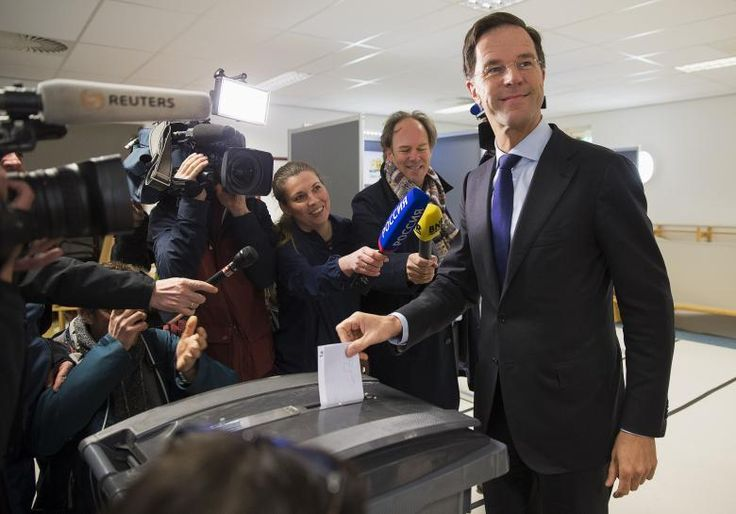 Dutch leader says may have to reconsider EU-Ukraine treaty after referendum