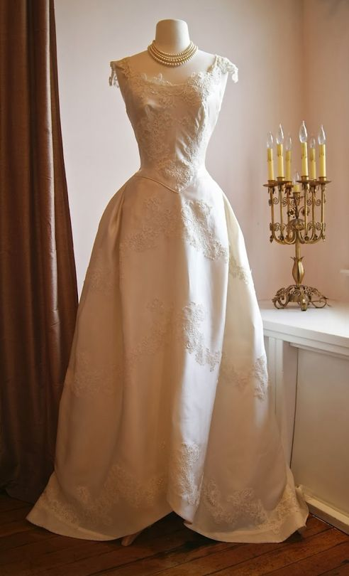 Not one of mine but .... divine...sigh!  Early 1950s Priscilla Of Boston peau de soie with lace appliqué wedding gown~Image via Xtabay Vintage