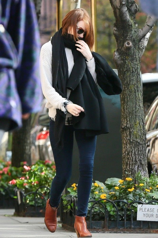 Emma Stone wearing Madewell Billie Boots