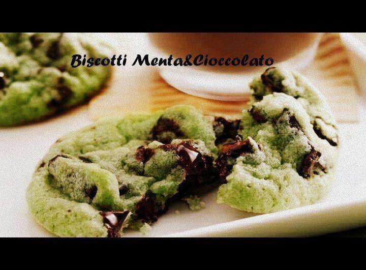 Super Oltre 25 fantastiche idee su Biscotti di cioccolato alla menta su  UP79