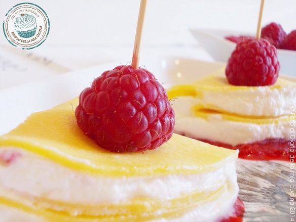 #Crepes #fingerfood con crema #chantilly e lamponi p... #unlamponelcuore #recipes #sweet