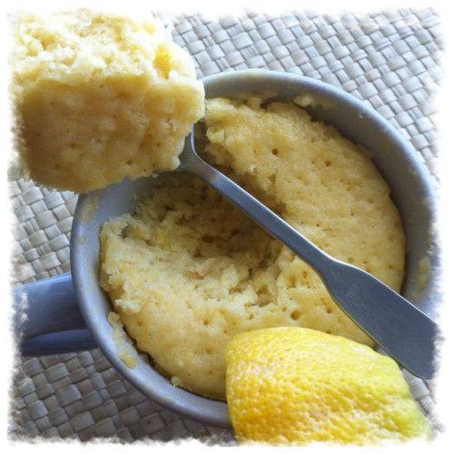 Lemon Mug Cake Caje au citron au micro onde - cuisson dans une tasse