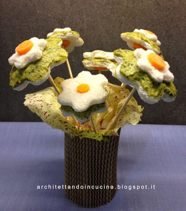 Un bellissimo vaso di fiori per festeggiare la festa degli innamorati!!!  Ispirata da alcune foto viste sul web di Rita Loccisano (qui) h...