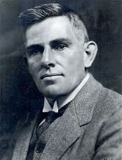 C. Louis Leipoldt (28 Desember, 1880 — 12 April, 1947) was 'n bekende, vroeë Afrikaanse digter, geneesheer, plantkundige en joernalis. Hy wen die Hertzogprys in 1935 (saam met W.E.G. Louw en Totius).