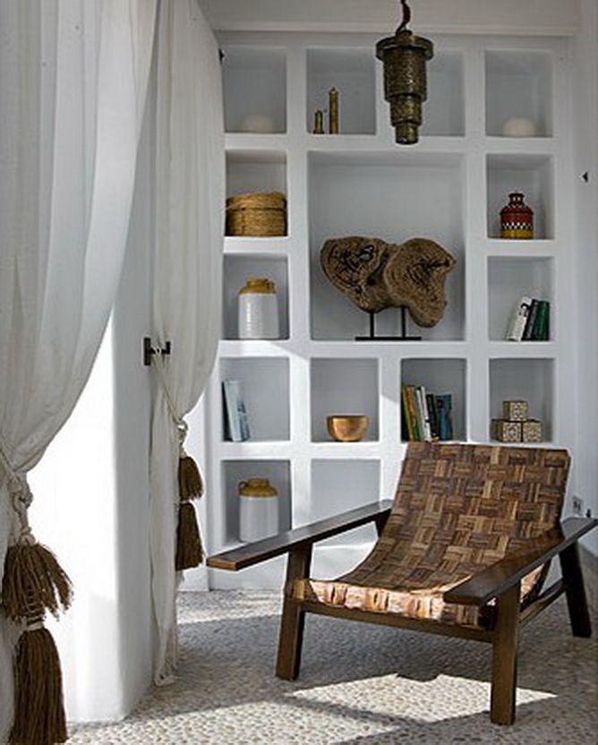 Finca interior, love the pebble-floor #ibizahomes #ibizainteriors #fincaibiza