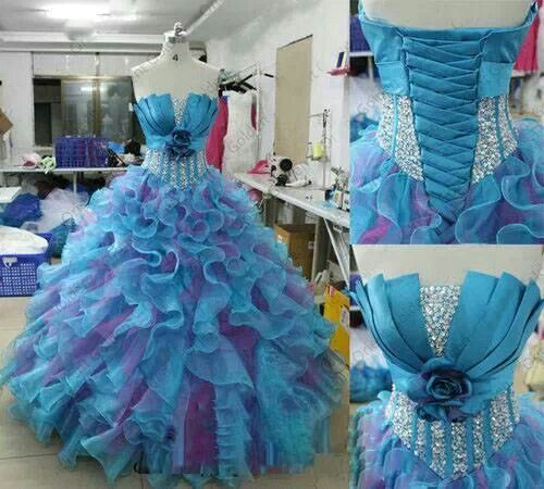 Aww this looks like a cosplay dress