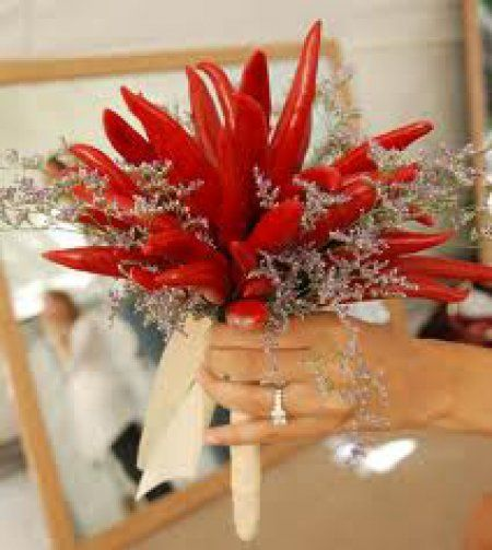 vegetable wedding bouquet | Un bouquet sposa vegetariano