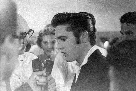 9717 Best Images About Elvis The King Of Rock N Roll