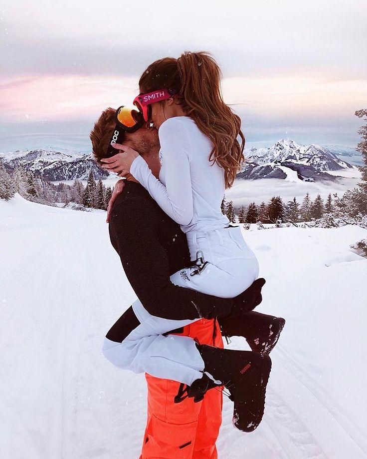 "Oline ⠀ ⠀✨🦋 Caroline Einhoff🦋✨ on Instagram: ""Advertisement All I Need for Christmas 🎄😍 Jeff Kasser Day your love ❤️"""