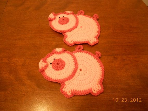 Crocheted Potholders pig Pink by HandmadebyRiss on Etsy, $6.00