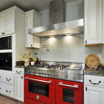 Delightful Red Bertazzoni Range   Love It!
