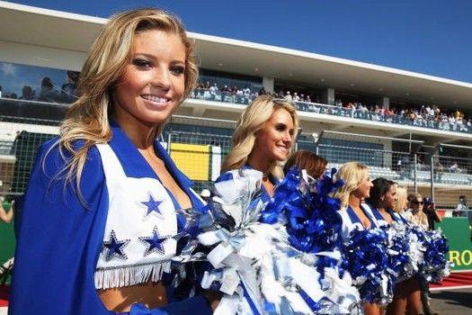20 Photos of the hottest NFL cheerleaders in Week 12 of 2013 season