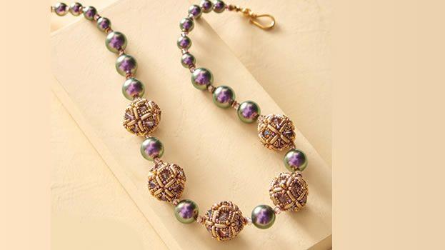 Ожерелье из бусин и бисера. Плетения ожерелья из бисера и бусин схема бесплатно