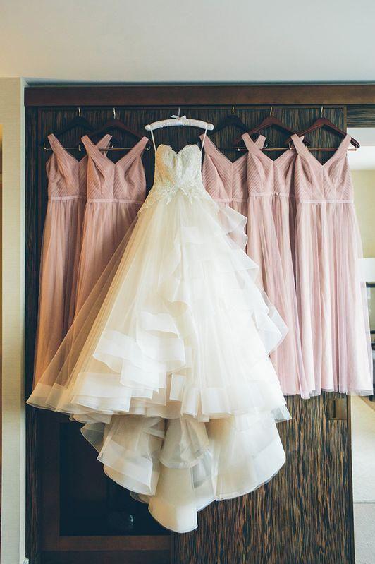 A-Line Organza Sweetheart Spaghetti Strap voller Länge High Low Appliques Hochzeit …