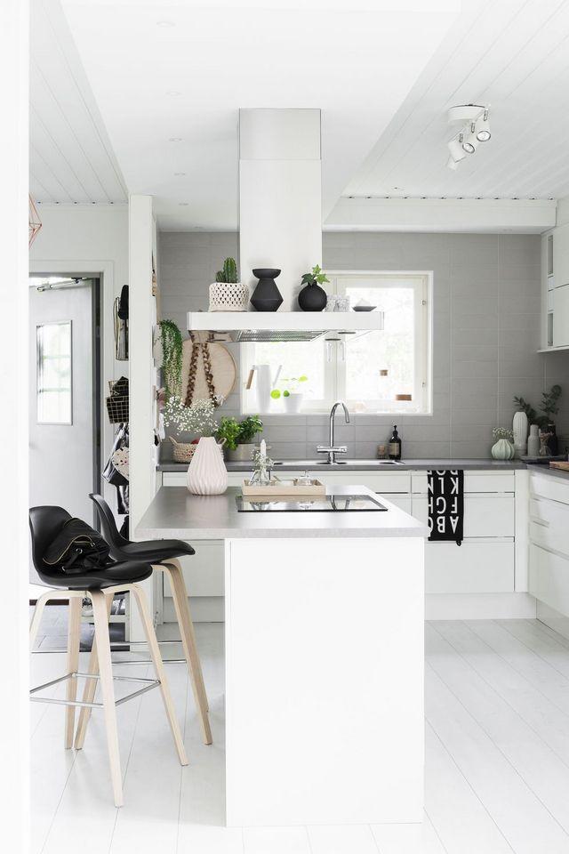 Schön L Förmige Küche Layouts Mit Ecke Speisekammer Zeitgenössisch ...