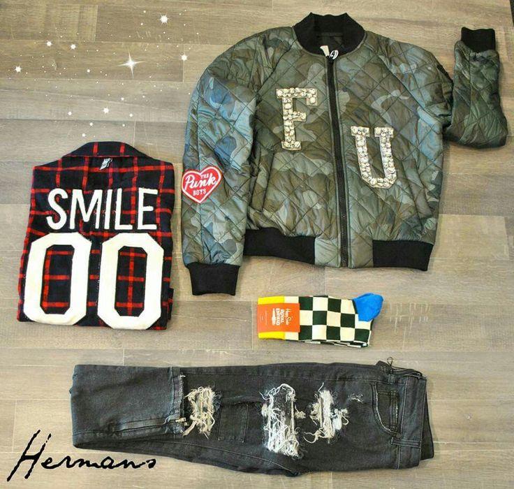 Today's outfit  #HERMANS  #STORE  Corso Vittorio Emanuele 35 Palagiano  Per ordini e spedizioni In tutta Italia : 📬☎WHATSAPP 3479037482  ✔Seguici su Instagram @hermans_store