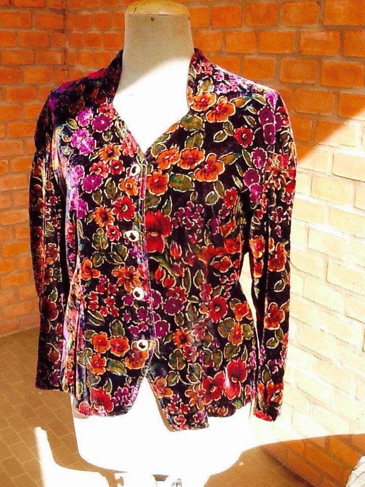 Un preferito personale dal mio negozio Etsy https://www.etsy.com/it/listing/270916133/giacca-vintage-elegante-anni-80