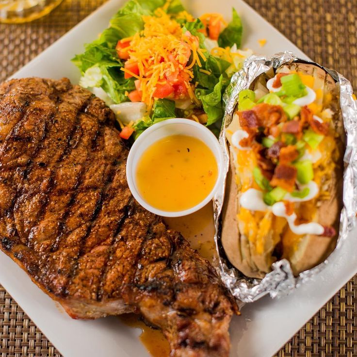 Prospect Park is Here To Cure Your Monday Blues With Our Unbeatable $13 Steak Night Special Complete With Side Salad and Baked Potato    #houstonfoodie #houstonsportsbar #houstonhappyhour #sportsbar #waitress #restaurant #cocktails #bartender  #prospectparkhou #steaknight #steak #bakedpotato #mondayblues