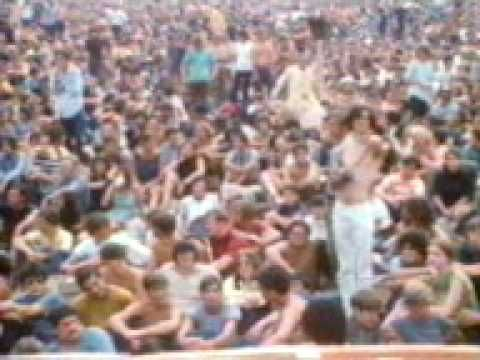 Richie Havens - Strawberry Fields Forever   Woodstock 1969