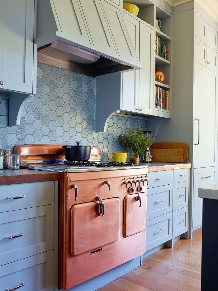 This Hot Kitchen Backsplash Trend Is Cooling Off Kitchen Design
