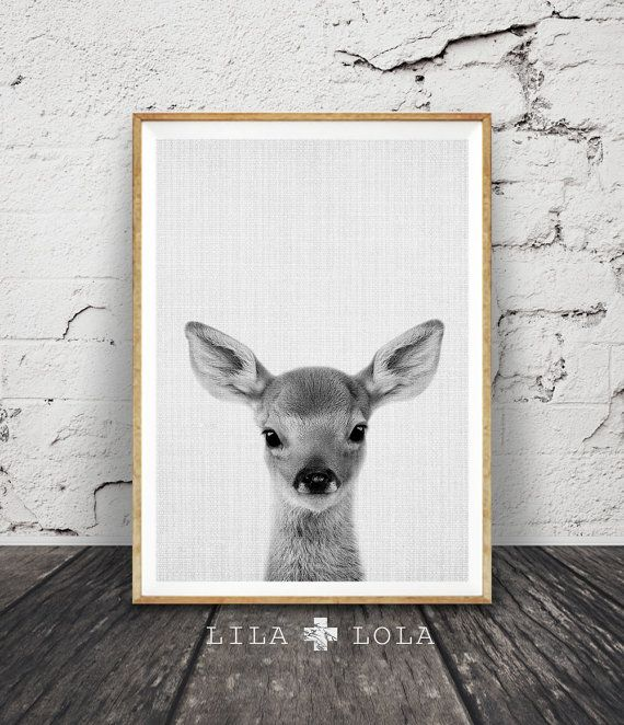 Impression cerf, bébé faon Wall Art, décor bois, chambre de bébé animaux, imprimables enfants cadeau, noir et blanc, téléchargement numérique, affiche, minimaliste